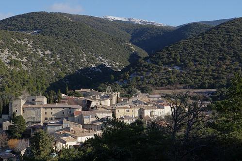 Rousset-les-Vignes (Drôme)