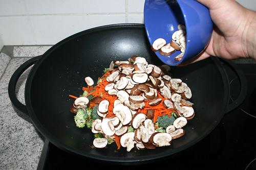 34 - Pilze hinzufügen / Add mushrooms