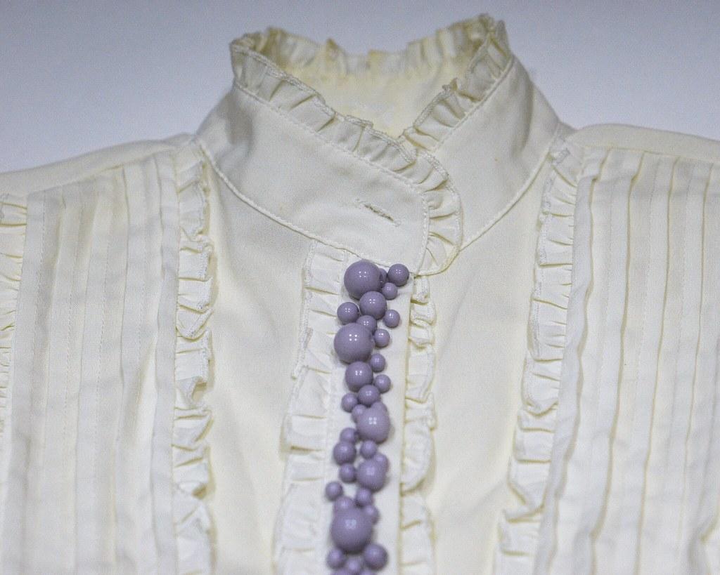 DIY: Как быстро и красиво декорировать рубашку?