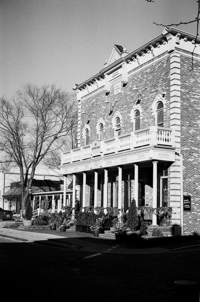 Main St. Zionsville