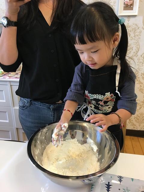 親子料理-龍貓饅頭