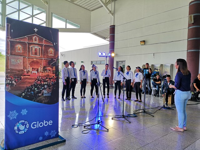 Globe Christmas Surprise Salubong of BalikBayans at the Francisco Bangoy International Airport IMG_20181218_150932