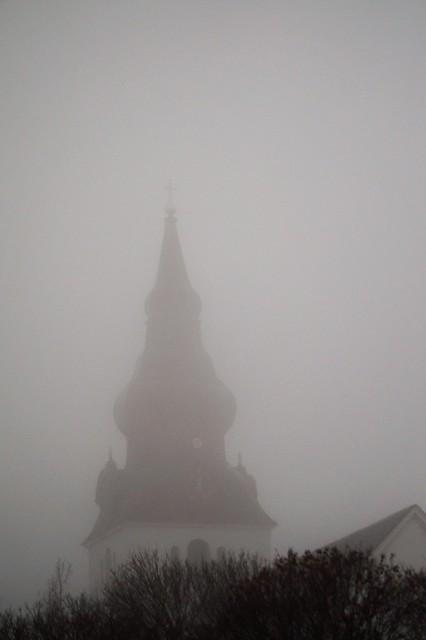Churchtower a foggy Novemberday., Sony SLT-A58, Sony DT 55-200mm F4-5.6 SAM (SAL55200-2)
