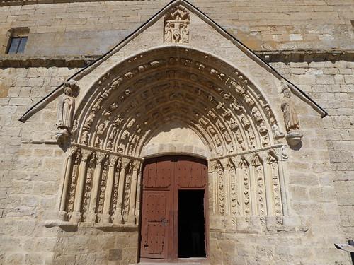 Los Balbases (Burgos-España). Iglesia de San Millán. Portada sur