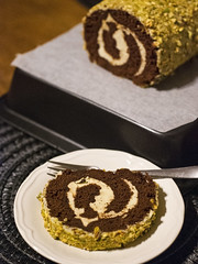 Chocolate and pistachio cake roll