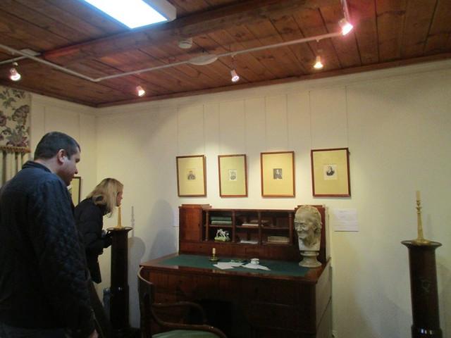 Гости на выставке. 2