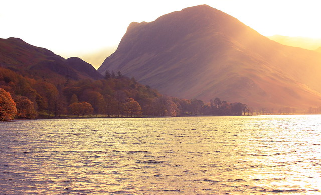 Autumn Light, Buttermere, Canon EOS 600D, Sigma 50-200mm f/4-5.6 DC OS HSM