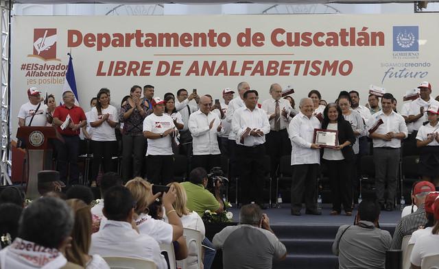Declaratoria de Departamento de Cuscatlán, Libre de Analfabetismo.