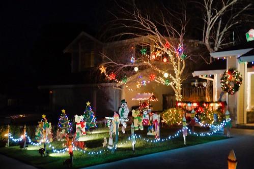 2018-12-11 - Neighborhood Christmas Decorations, lit up