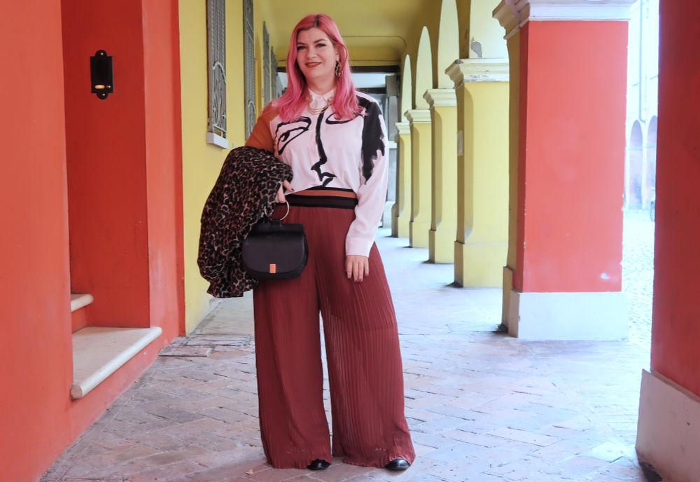 outfit plus size, curvy, panta palazzo e cappotto leopardato (4)