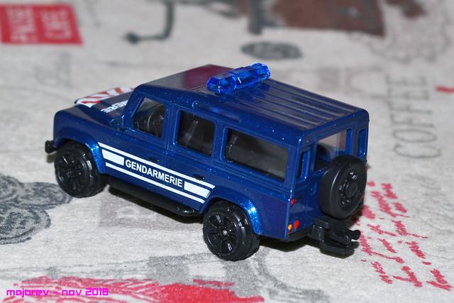 N°266B - Land Rover Défender 110 32103665128_50da3ec0da_z