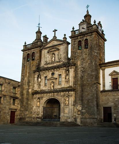 S� Catedral de Viseu entrance