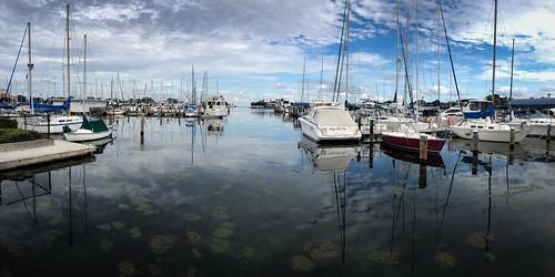 panorama cloudscape usa centralflorida landscape calm ©edrosack cloud water reflection sky boat stpetersburg waterscape harbor florida cloudy unitedstates us