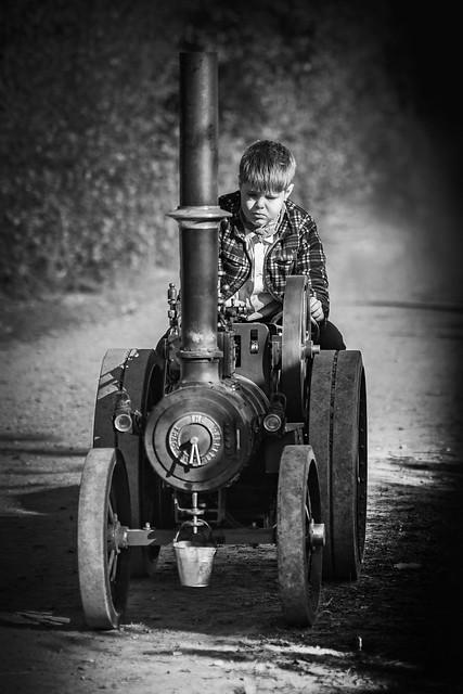 Sad Kid, Nikon D7200, Sigma 50mm F1.4 DG HSM | A