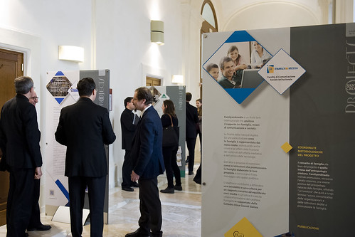 Santa Croce Projects - Mostra dei diversi Centri di ricerca e Progetti dell'Università