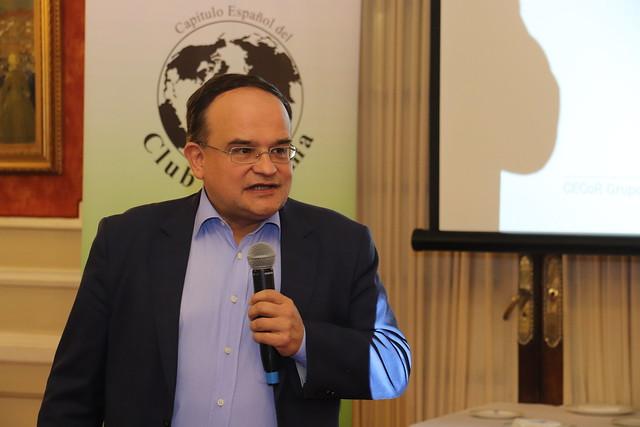 GVCECR Dn. Carlos Álvarez Pereira, Otra visión del mundo en el 50 aniversario del Club de Roma