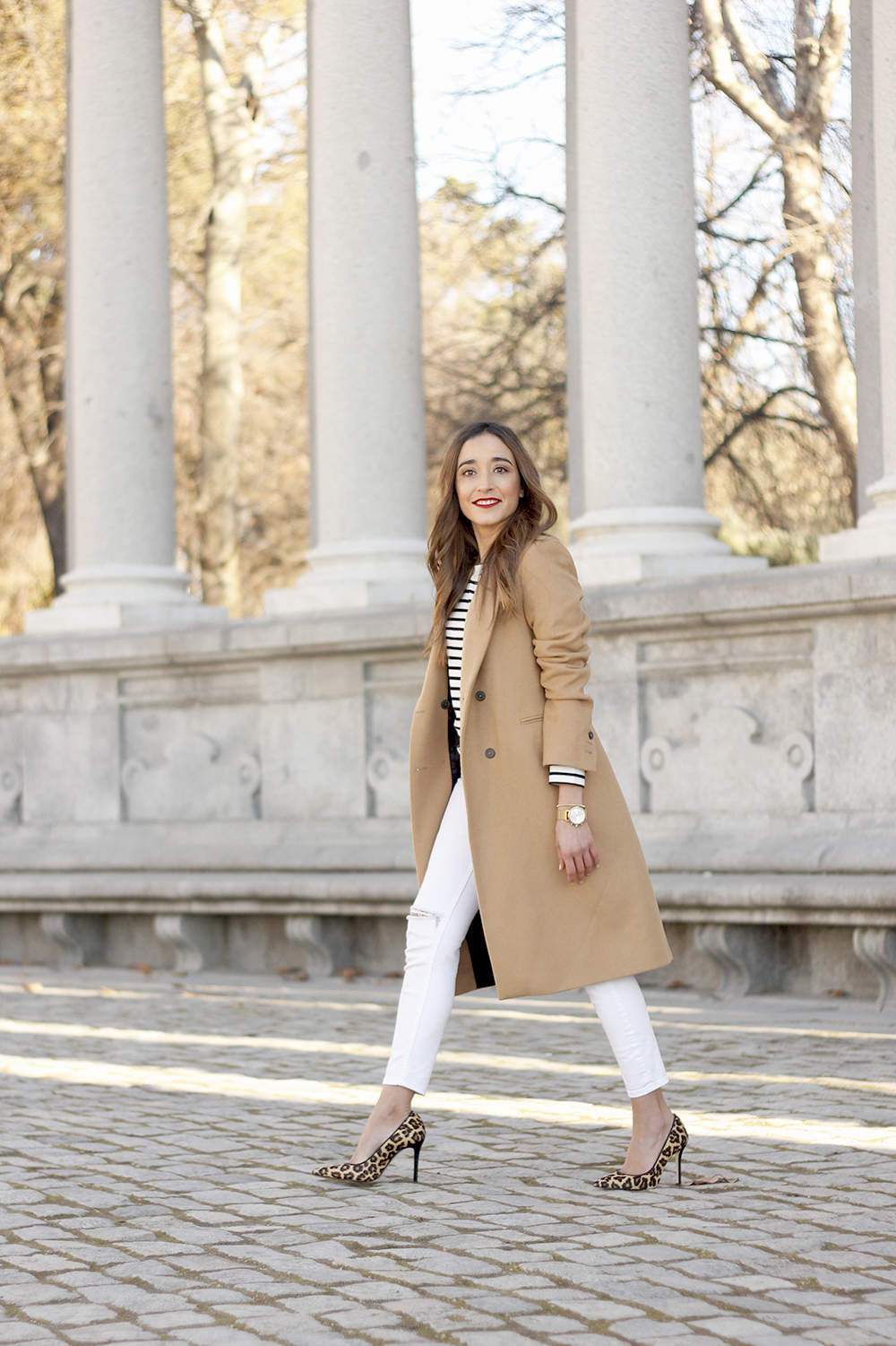 beige coat ripped jeans givenchy bag gucci belt street style outfit 201910