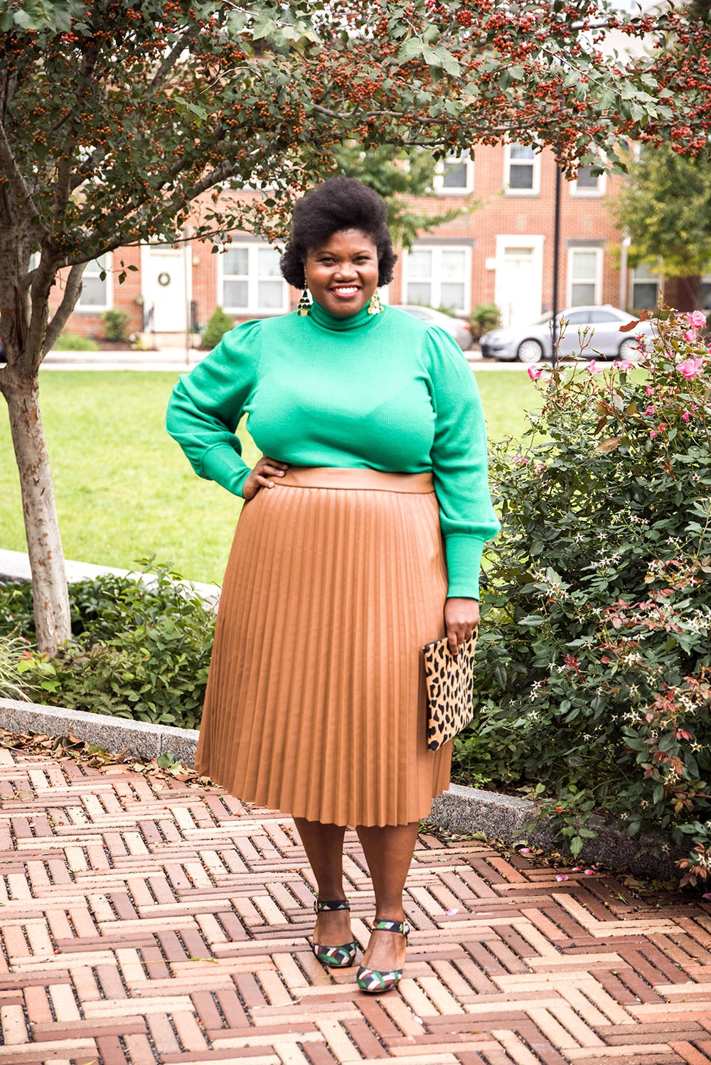 Women Who Wear What They Like - Grown and Curvy Woman