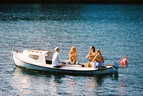 People enjoying the summer in Copenhagen harbor. Taken with Kodak Ektar 100 + Canon EOS 650 + Canon EF 135mm f2 | by Kristoffer Trolle