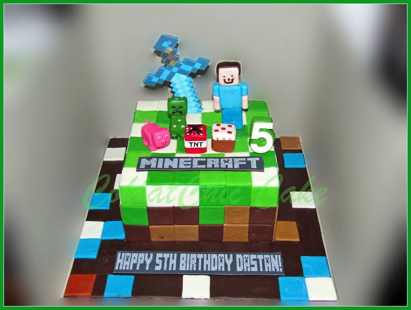 Cake Minecraft DASTAN 15 cm