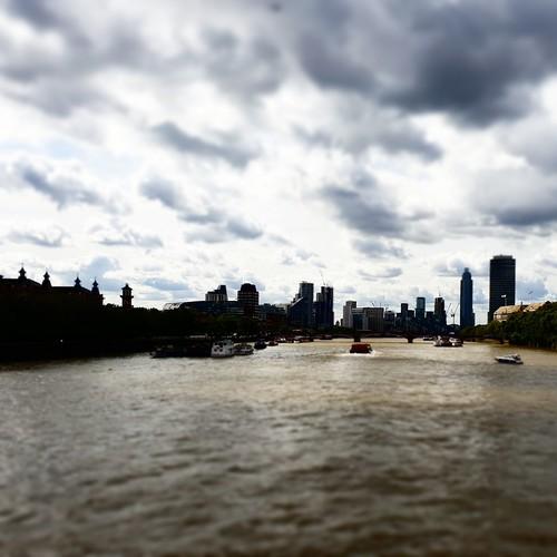 Londra: vista del Tamigi