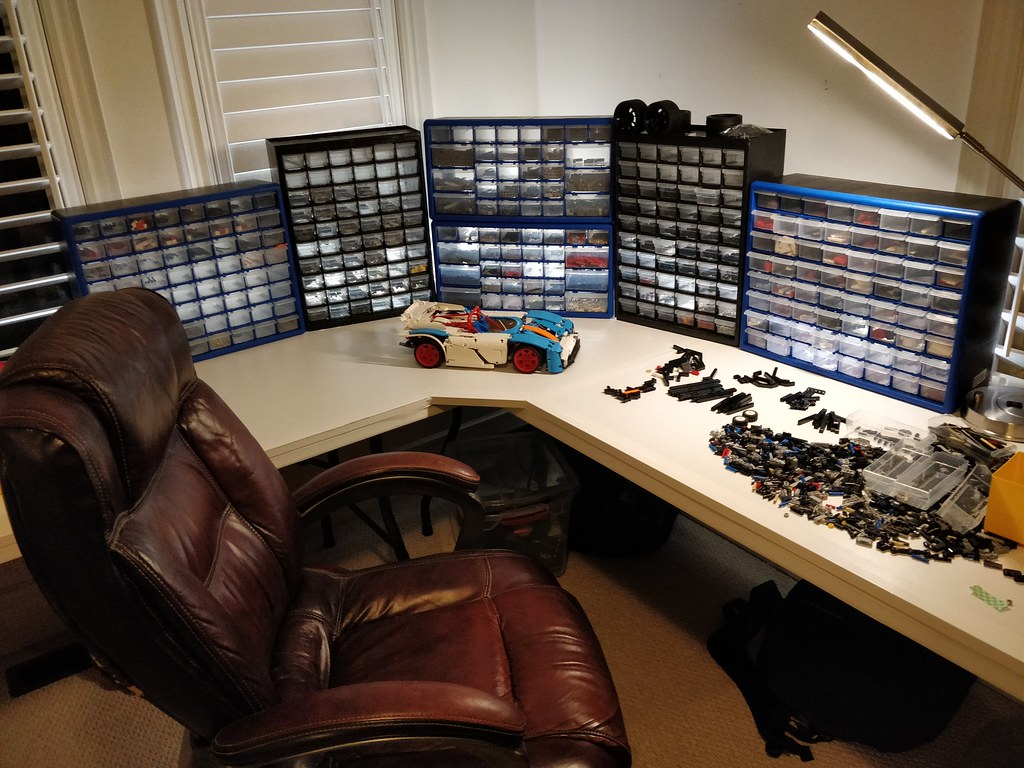 The new lego room set up