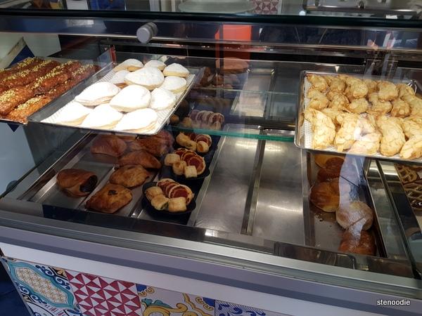 La Pasticceria Siciliana pastries