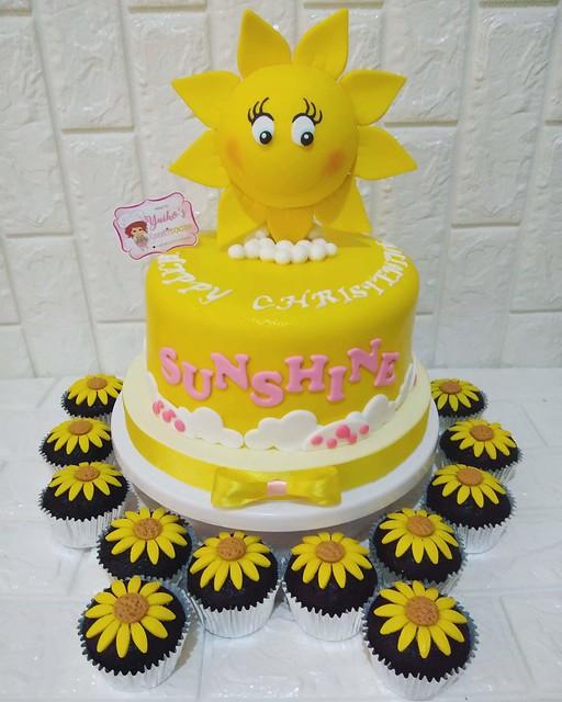Cake by Berna Janine De Guzman of Yuiko's Cakes&Cupcakes