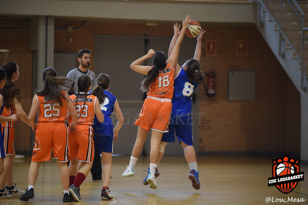 17/11/2018.- Junior Naranja Femenino vs Salesianos de Atocha