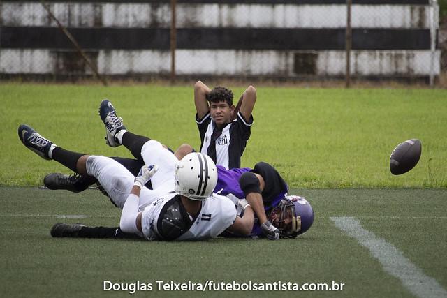 Santos Tsunami 33 x 2 Werewolves Football, partida válida pela Copa Baixada Santista de Futebol Americano, disputada no CT Meninos da Vila, em Santos. Com o resultado, o Tsunami garantiu vaga na final do campeonato