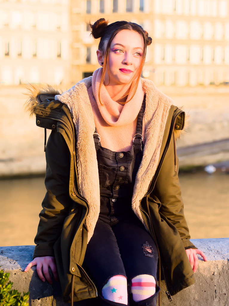 related image - Shooting Casual Kuroe - Bords de Seine - Paris -2018-12-17- P1444541