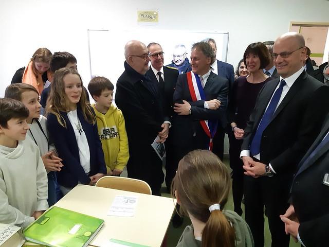 Visite du ministre au collège Plaisance de Lanouaille