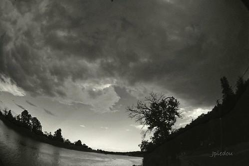 À Cabara, sous la menace diluvienne...