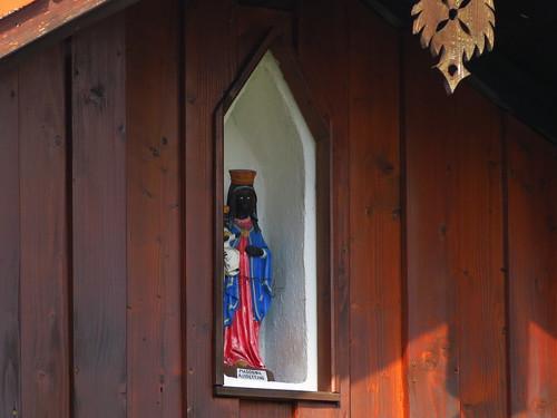 20170929 02 497 ostbay Rattenberg Hausfassade Statue schwarze Madonna