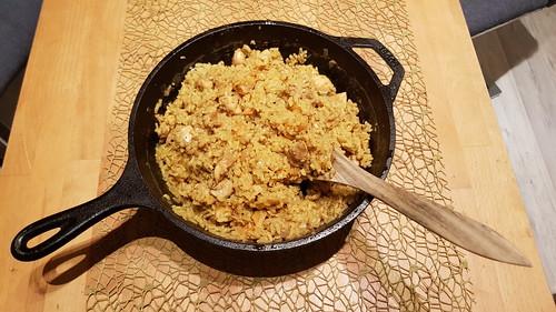 Pilaw (mit Hähnchenfleisch und Aprikosen)