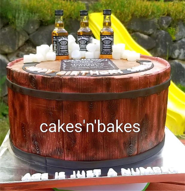 Cake by Cakes 'n' bakes