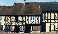 La Ferrière-sur-Risle (Euro, Fr) – Maisons normandes