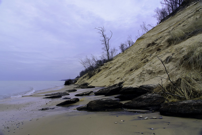 Crumbling Dunes