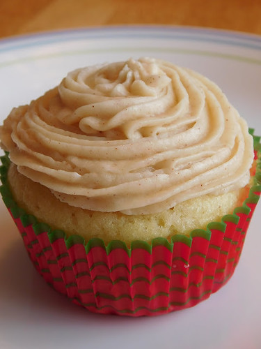 Holiday eggnog cupcake