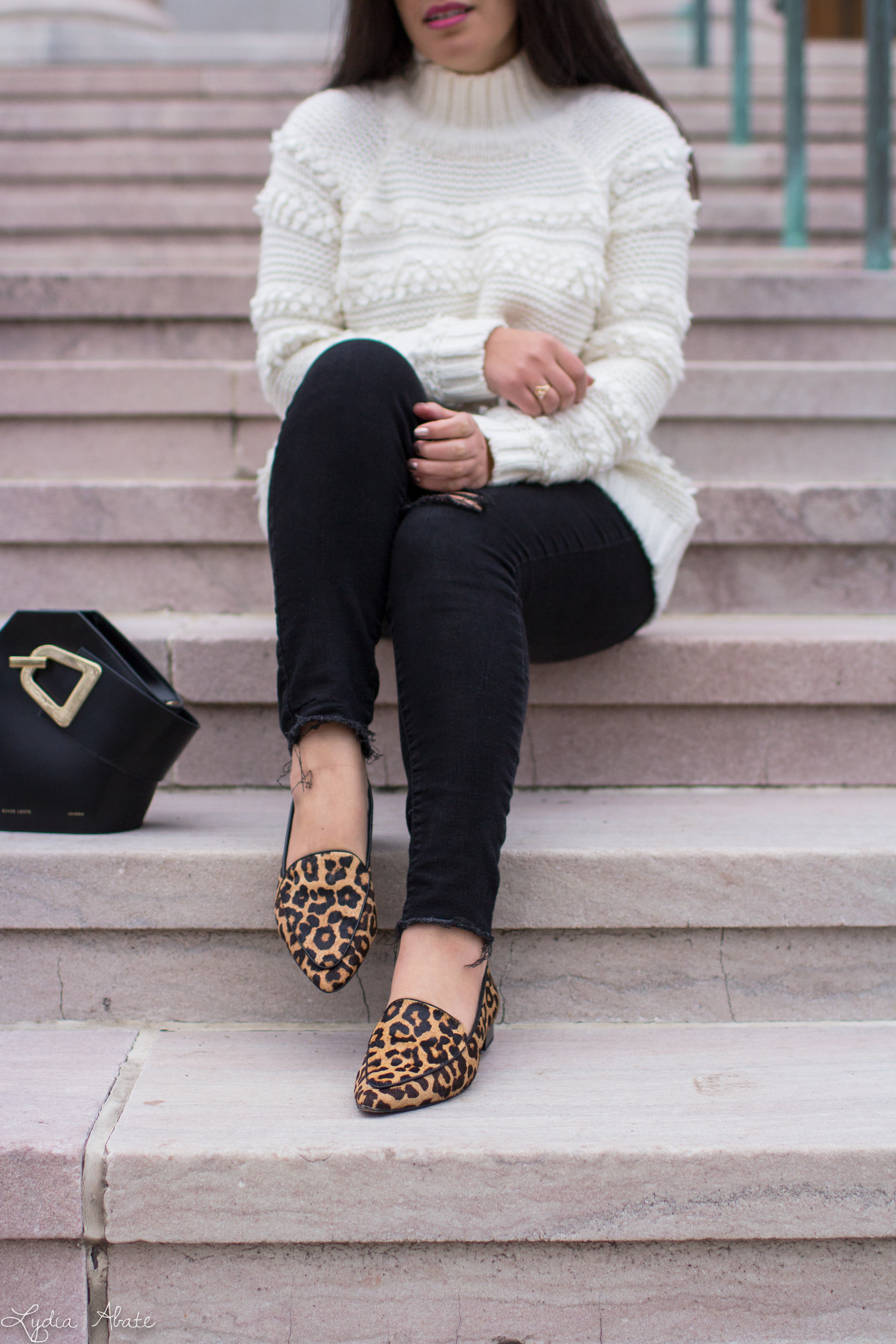 white turtleneck sweater, black jeans, leopard loafers, danse lente johnny bag-14.jpg