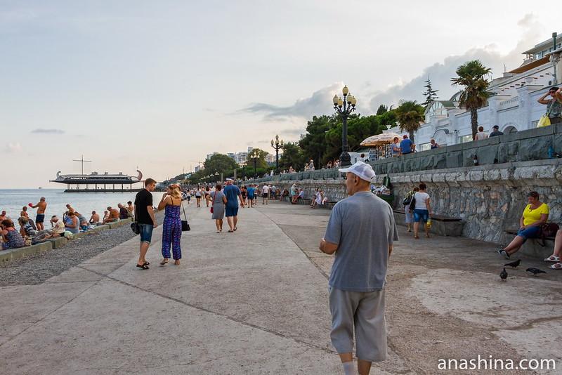 Ялтинская набережная, Ялта, Крым