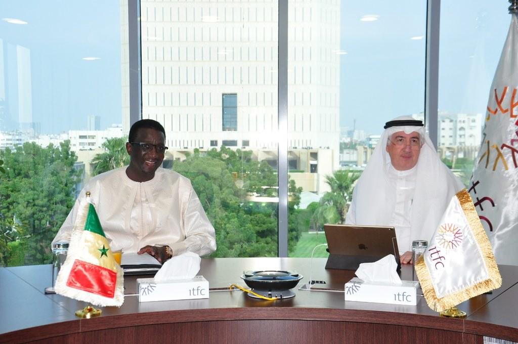 Le Ministre de l'Economie et des Finances du Sénégal, Amadou Ba reçu à Jeddah par le Président de la BID, Bandar Al Hajjar