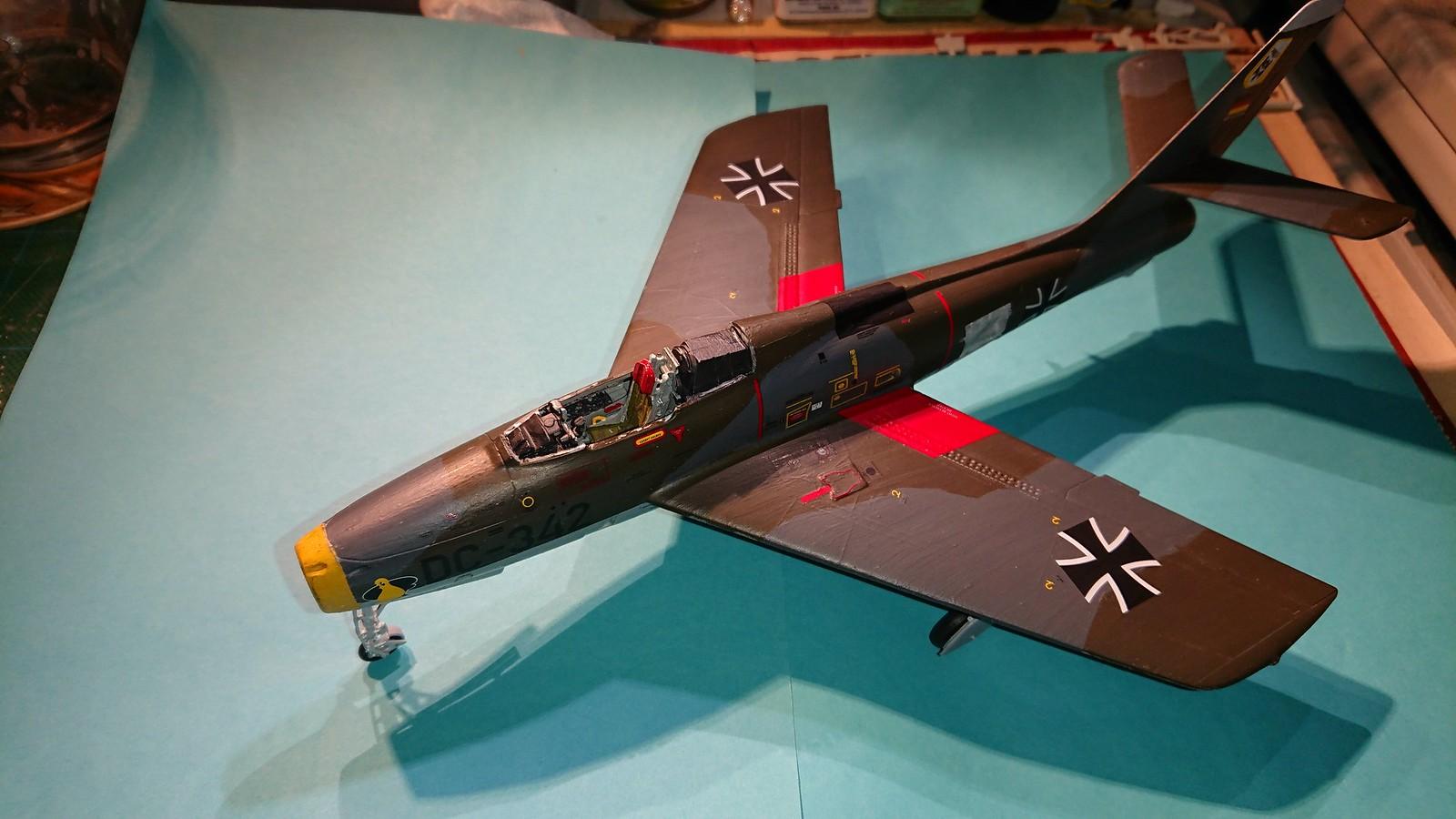 Bundesluftwaffe F-84F JaboG 33 - Revell 1/48 - Sida 6 45838573912_b35b53faa5_h