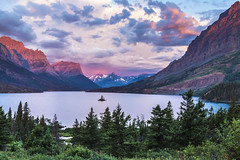 """""""Amongst the Giants"""" Goose Island in center of St.Mary's Lake and towering mountain peaks in Glacier National Park photographed by Nathaniel Gonzales [2500 x 1667] by RyanSmith"""