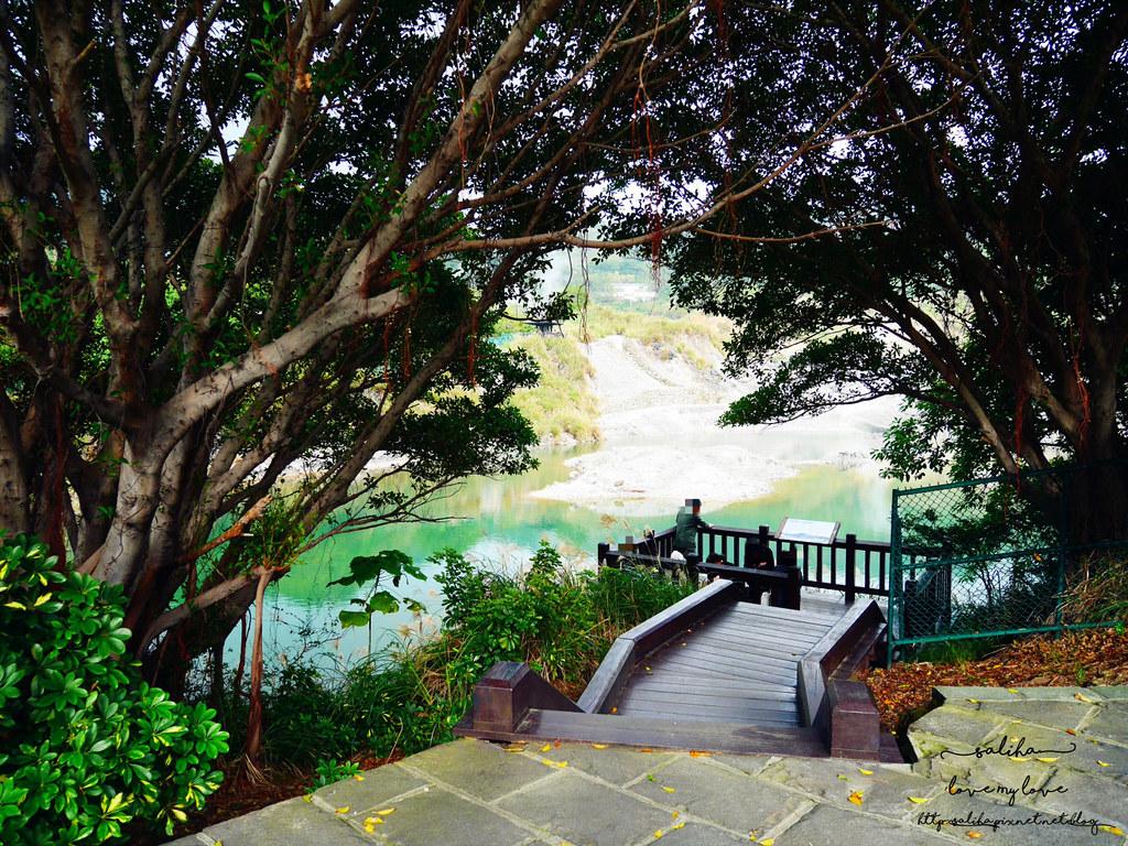 台北陽明山一日遊景點推薦硫磺谷龍鳳谷公園免費泡湯溫泉泡腳池 (3)