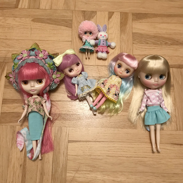 Dressing Blythes
