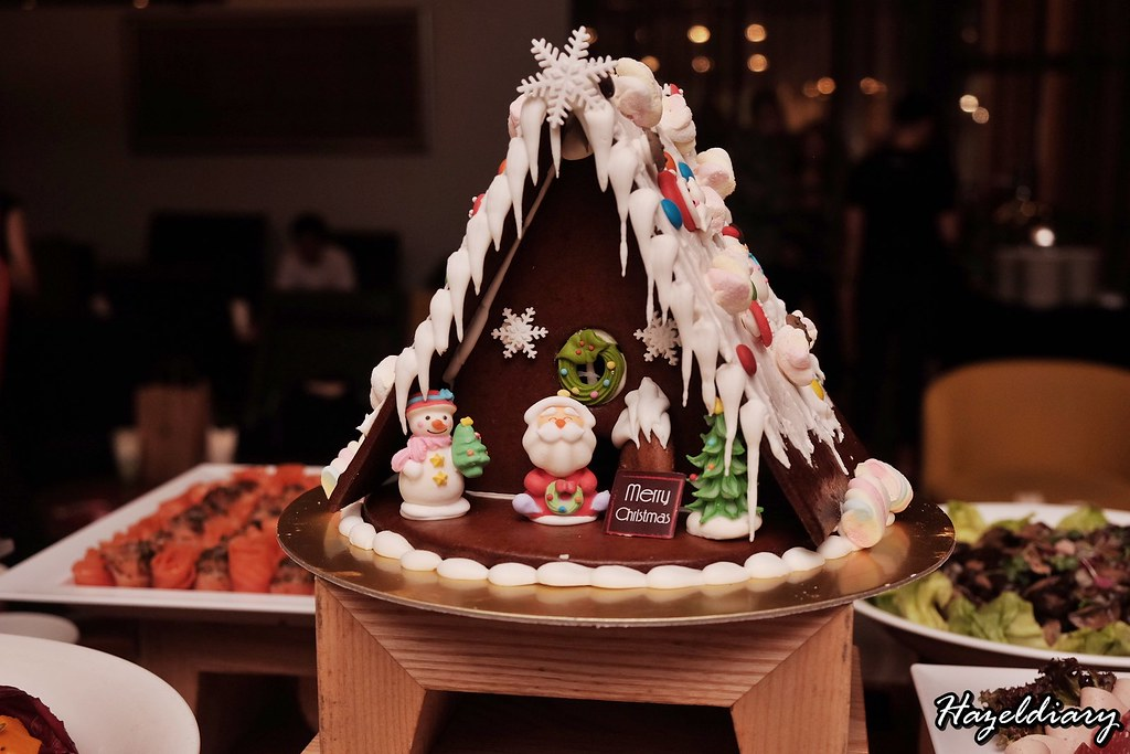 Swissotel Merchant Court Hotel-Christmas 2018- Gingerbread House