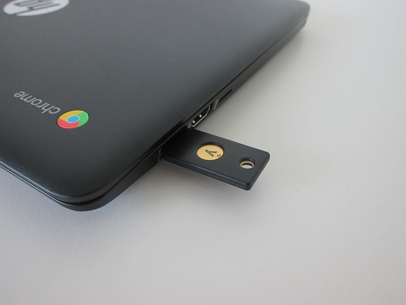 YubiKey 5 NFC - Plugged In