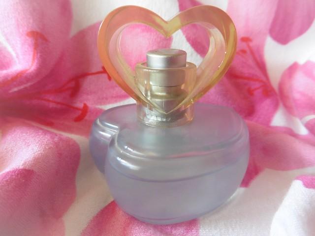 Perfume, Panasonic DMC-TZ56