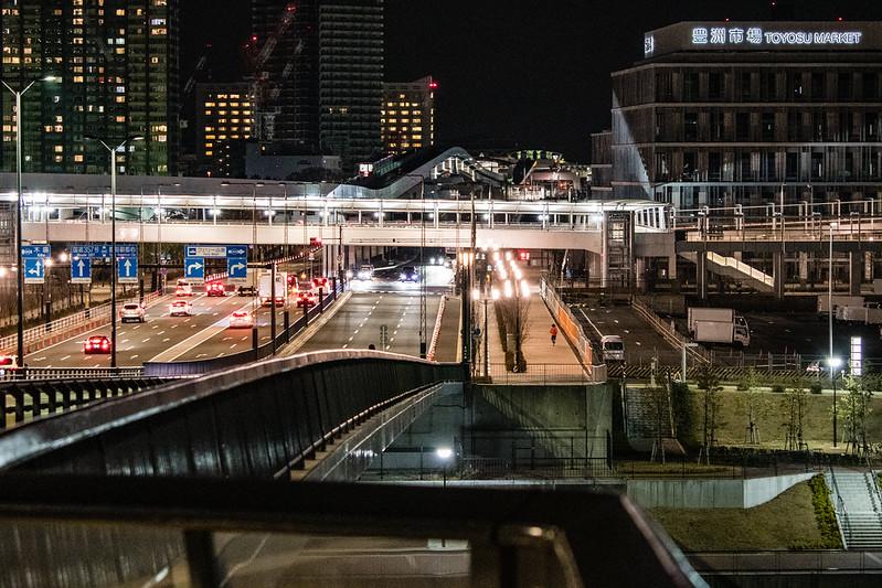豊洲大橋から見た豊洲市場の夜景